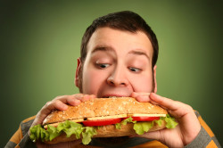Прием калорийной пищи