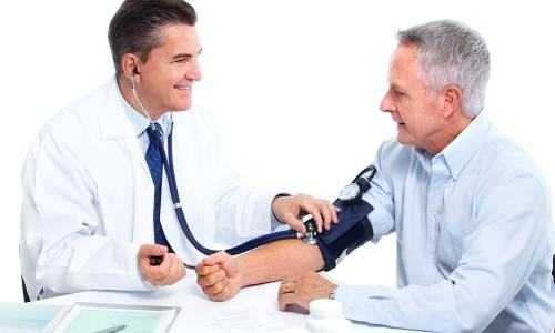 Консультация врача для профилактики гипертонии