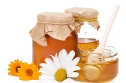 Прием меда в  борьбе с закупоркой сосудов