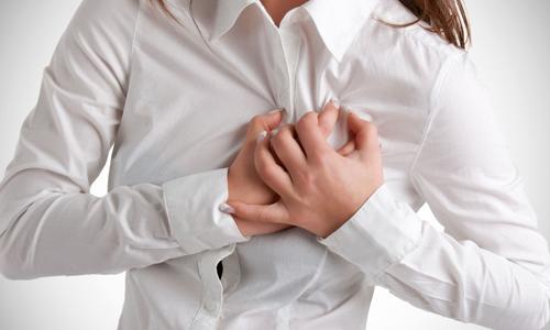 Почему давит в области сердца