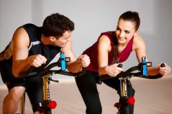 Упражнения для сердца на велотренажере